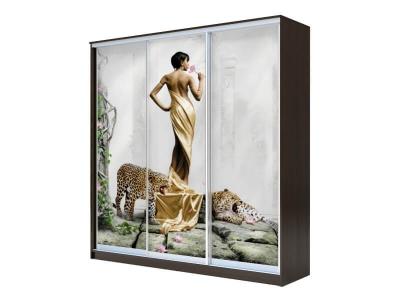 Шкаф-купе Хит 3-х дверный Девушка с леопардом Венге Аруба
